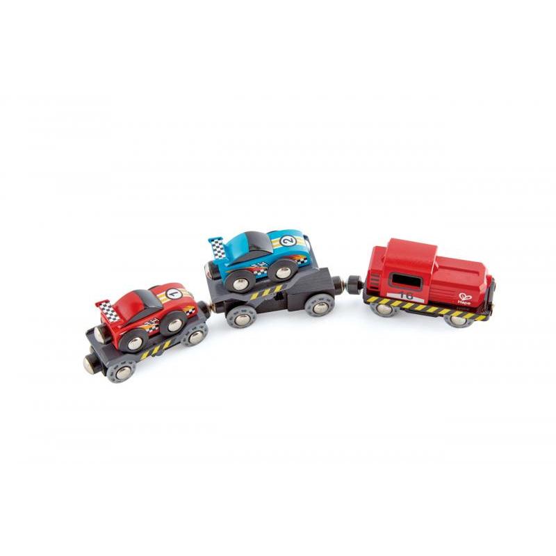 Železniční přeprava závodních aut