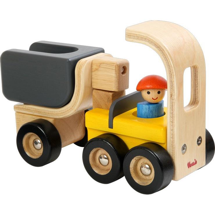 Dřevěné nakladní auto s elektrocentrálou