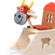 Dřevěná houpací kravička