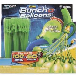 Vodní balónková bitva s vrhačem