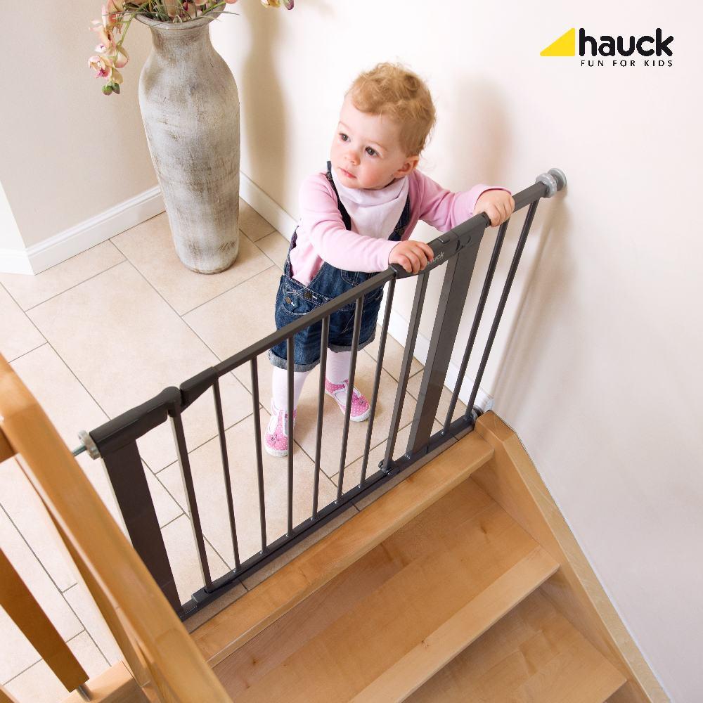 hauck barierka close 39 n safe 14 cm przed u enie 2017. Black Bedroom Furniture Sets. Home Design Ideas