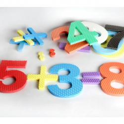 Penové číslice sa znamienkami
