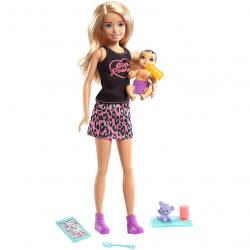Barbie chůva blondýnka a miminko / doplňky