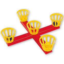 Androni Hádzanie loptičiek do košíkov na kríži