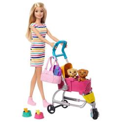 Barbie Panenka na vycházce s pejskem