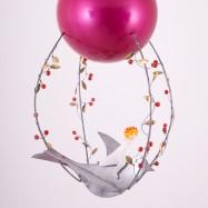 Závěsná dekorace - Dívka a ptáček