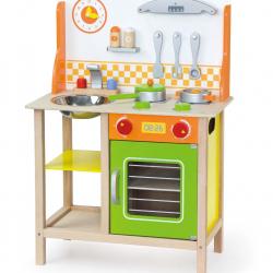 Dřevěná kuchyňka s troubou