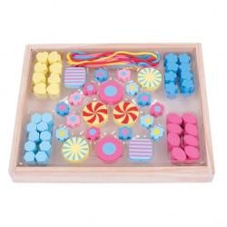 Bigjigs Toys Drevené hračky - Navliekacie korálky Candy