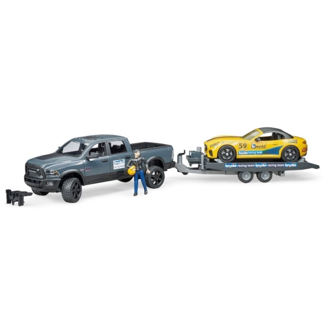 Bruder Terénní auto RAM se sportovním vozem a figurkou
