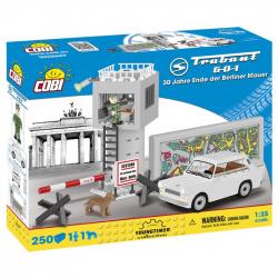Cobi 24557 Youngtimer Trabant 601 bílý, 30.výročí pádu Berlínské zdi, 250 k, 1 f, 1 pes