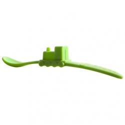 Lžička vláček Oogaa zelená