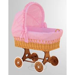 Proutěný košík s boudičkou Macko růžový