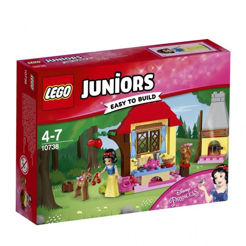 LEGO® Juniors Sněhurčina chaloupka v lese 10738