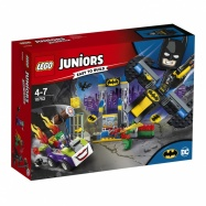 LEGO® JUNIORS  Joker™ útočí na Batcave 10753