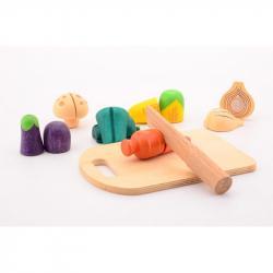 Dřevěná zelenina s prkénkem a nožem