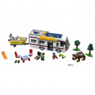 LEGO® Creator Prázdninový karavan 31052