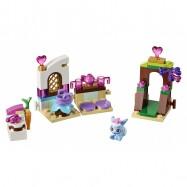 LEGO® Disney Princess Borůvka a její kuchyně 41143
