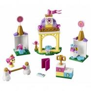 LEGO® Disney Princess Podkůvka v královských stájích 41144