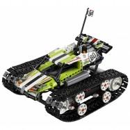 LEGO® Technic RC pásový závoďák 42065
