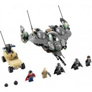 LEGO® Super Heroes 76003 Bitva o Smallville