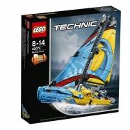 LEGO® TECHNIC Závodní jachta 72074