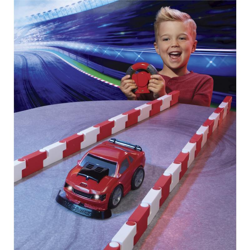 Little Tikes YouDrive Czerwony Muscle Car