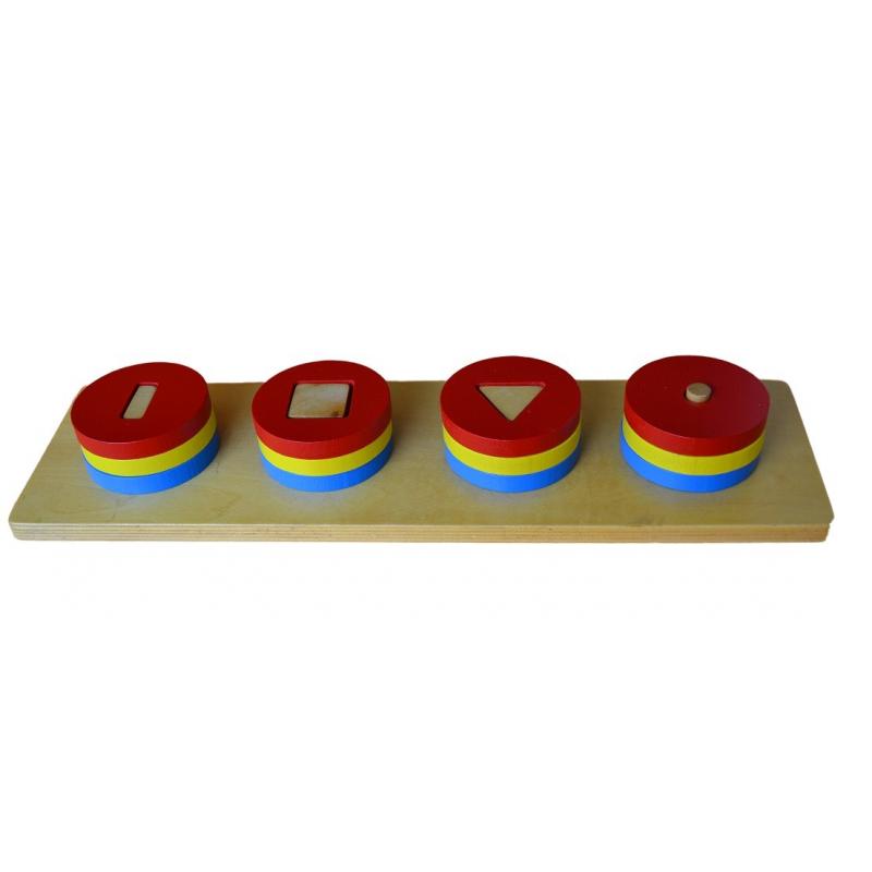 Barevné kruhové cihly s různými tvary uvnitř