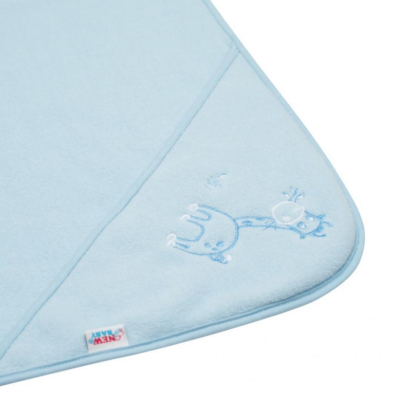 Ręcznik frotte niemowlęcy z haftem i kapturem New Baby 100x100 niebieska żyrafa