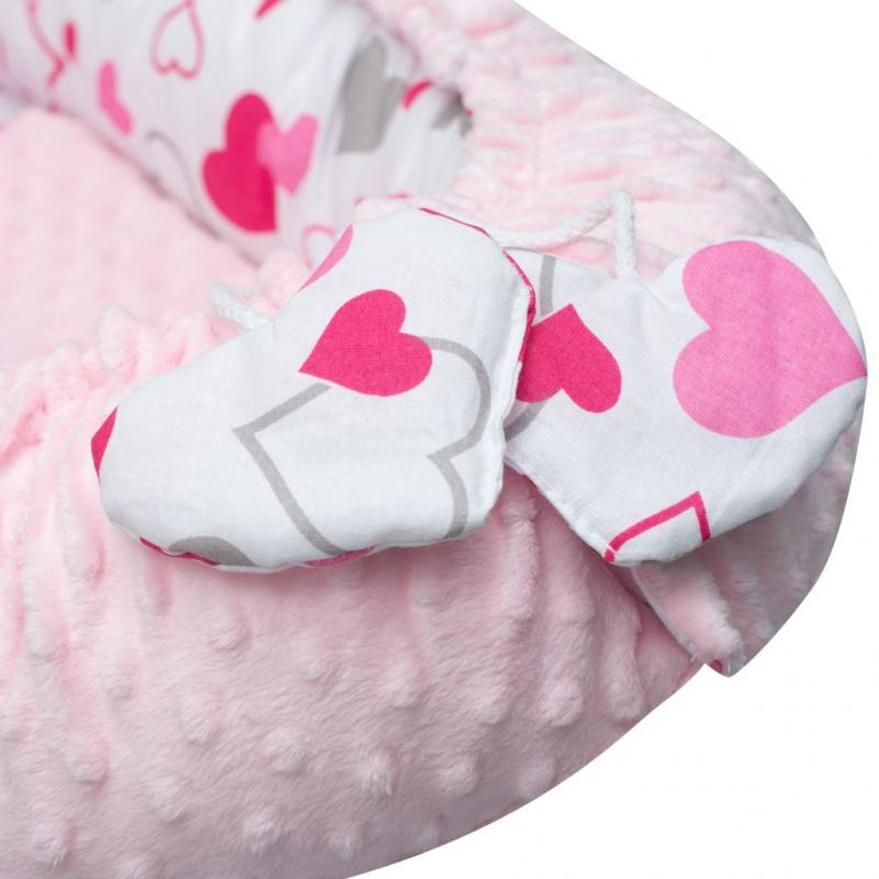 Luxusní hnízdečko s polštářkem a peřinkou New Baby z Minky růžová srdíčka