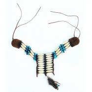 náhrdelník indiánsky s perím