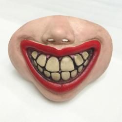 Maska úsměv