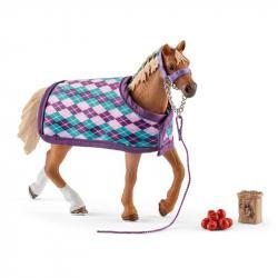 Koń rasy angielskiej z kocem SLH42360