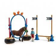 Závod v agility pro poníky