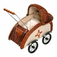 Dřevěné hračky - Proutěný kočárek pro panenky, Retro