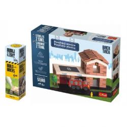 Pack Stavajte z tehál Hasičská stanica stavebnice Brick Trick + lepidlo grátis v krabici 35x25x7cm