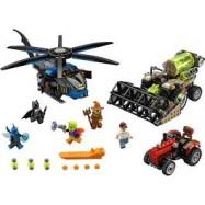 LEGO® Super Heroes Batman™: Scarecrow™ Sklizeň strachu 76054